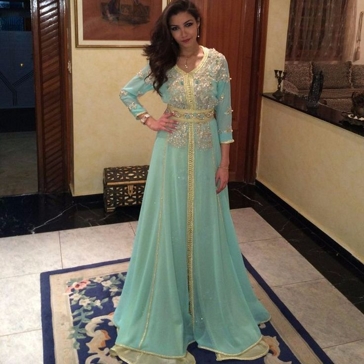 Cheap robe de soiree, Buy Quality arabic kaftan directly from China dresses dubai Suppliers: 2017 Long Sleeve Evening Dress Dubai Arabic Kaftan Beaded Shiny Crystal Light Green Evening Gown robe de soiree