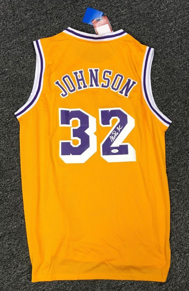 934352c4bda3 Magic Johnson  32 Signed Lakers Jersey AUTO Sz XL JSA WITNESSED COA HOF