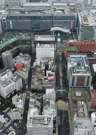 博多駅近くで道路陥没、避難勧告 地下鉄工事が原因か、広域に停電 #Hakata #博多