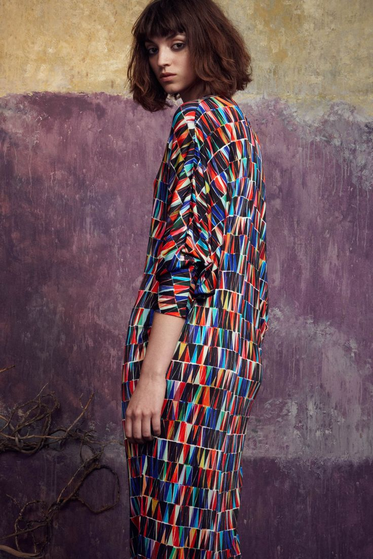 Saloni SS15 LFW boho folk gypsy couture fashion for frida followers great maxi dress with geometric pattern print chic sophsticated day wear contemporary mexican style