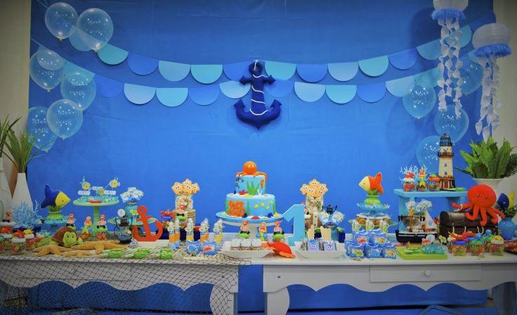 Mesa principal decorada pela equipe Arquitetando Festas para tema fundo do Mar -  Lucas - 1 ano