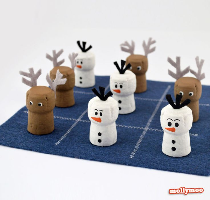 DIY Tic-Tac-Toe - Family fun crafts to inspire play this Christmas | MollyMoo