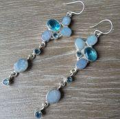 Zilveren lange oorbellen gezet met Doublet Opaal en blauw Topaas | Zilveren Edelsteen Oorbellen | Zilveren Edelsteen Sieraden | Zilveren Edelsteen Sieraden