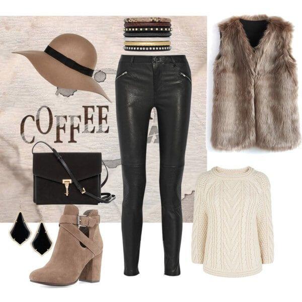 Черные кожаные лосины со свитером грубой вязки светло-бежевого оттенка, меховым жилетом, коричневыми ботильонами, шляпой и сумкой кросс-боди черного цвета