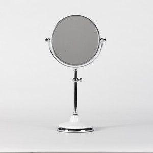 Flamant Mella, mirror on foot
