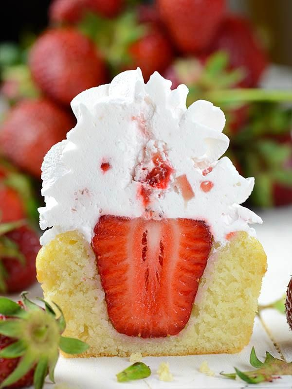 Strawberry Shortcake Cupcakes are a quick and easy, but by no means the less tasty version of the well known Strawberry Shortcake.