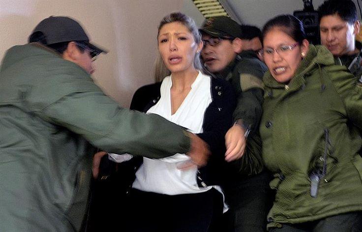 Abogado León ratifica que Gabriela Zapata se ha convertido en una presa política | Radio Panamericana