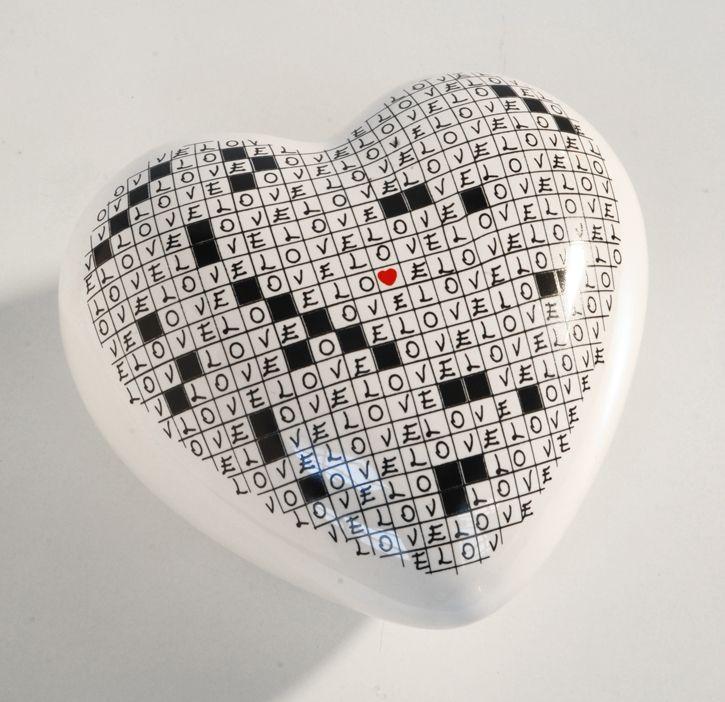 fermacarte cuore cruciverba. cm.11x10.