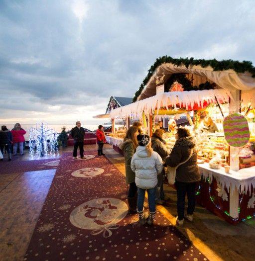 Montreux Noel (Charmant - stimmungsvoll entlang der Promenade des Genfersees. 21.-24.12)