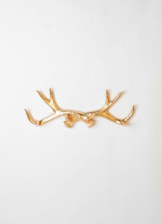Faux Bois De Cerf : de taxidermie Faux blanc Ce grand morceau de taxidermie de faux bois