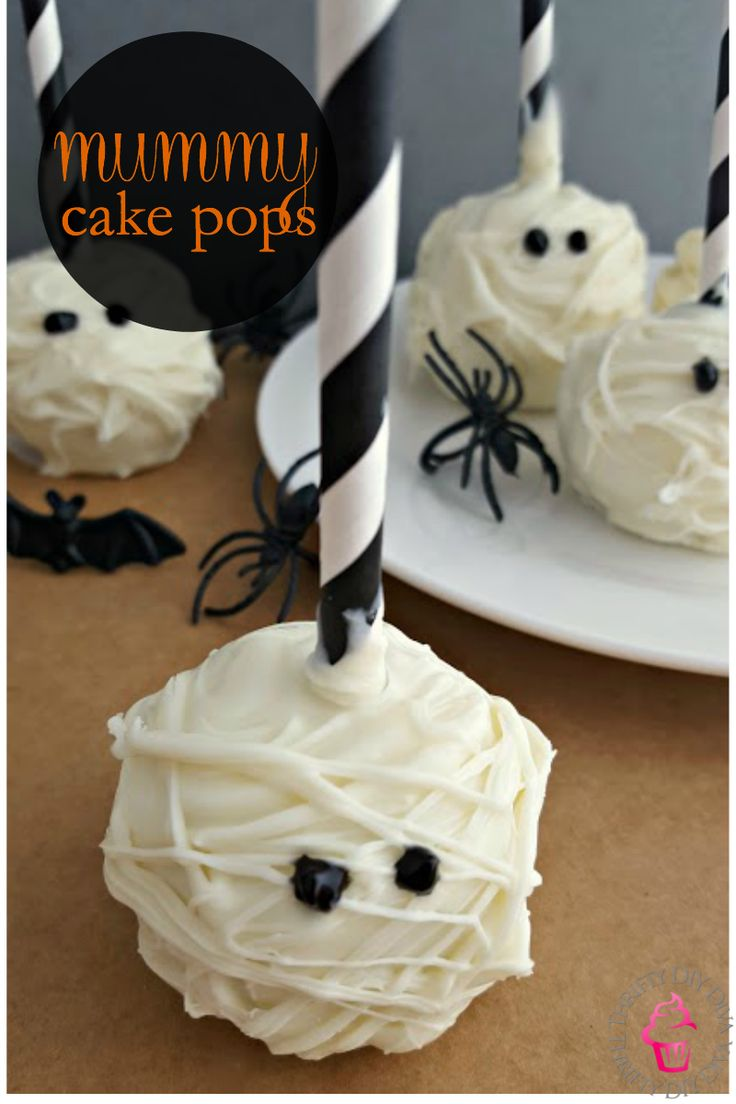 Such a FUN Halloween recipe!  How cute would these Mummy Cake Pops be for parties and even your child's snack day at school? And they are so easy to make, no mad Martha Stewart skills required! Add this to your Halloween recipes collection!