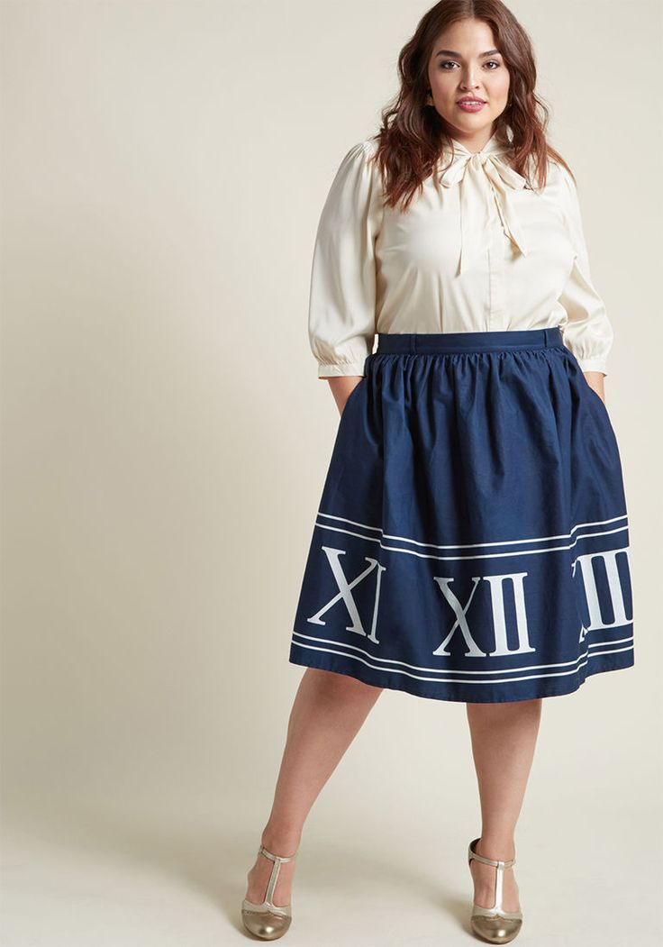 Clock 50s Swing Cotton Skirt with Pockets in Navy Numerals