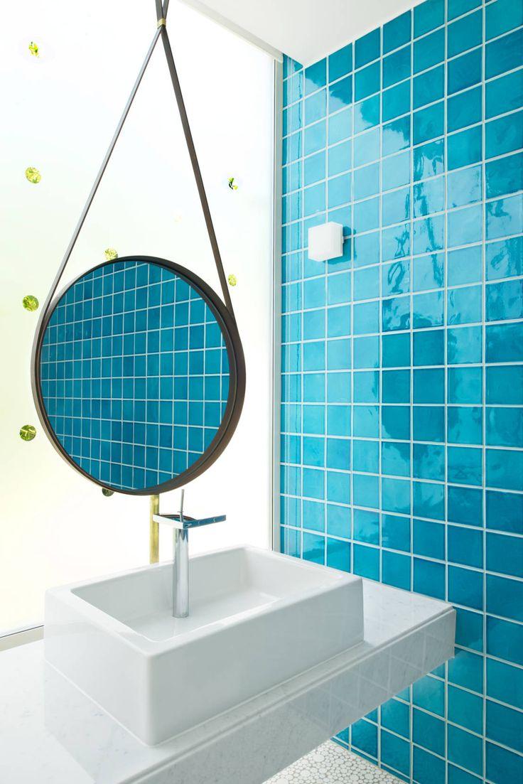 nesso の 地中海風 洗面所/風呂/トイレ Maison Blanche