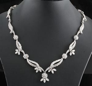 Lauritz.com - Necklaces and pendants - 18kt Vintage exclusive handmade diamond necklace approx. 16.10ct. - BE, Antwerpen