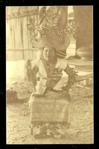 Lampung-photo-postcard-Bride-Crown-Costume-Jewels-Sumatra-Indonesia-ca-1910