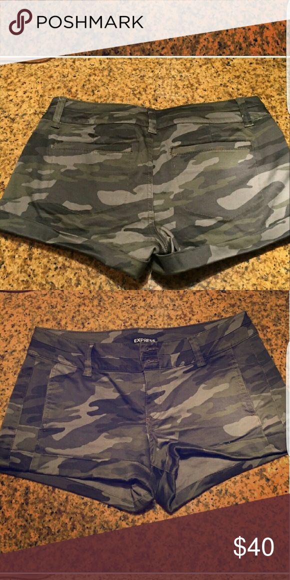 New no tag Shorts Army Shorts
