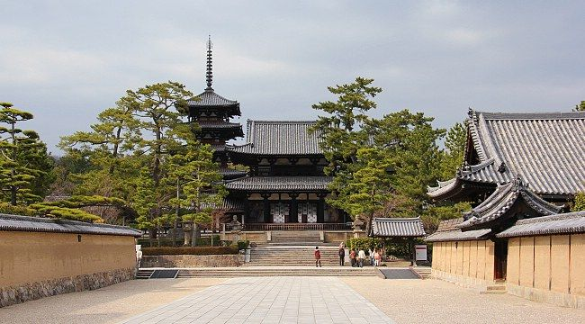 Nara Travel: Horyuji Temple, oldest wooden buildings in the world