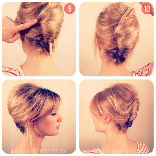 Doe de klassieke rol! 1- 4. Voeg eerst een dosis volume toe aan je haar. Gebruik haarspray en toupeer. Het is oké als het er nog een beetje slordig uitziet.5-6. Bind de punten van je lokken samen met een doorzichtig elastiekje (afbeelding 6).7-8. Gebruik twee eetstokjes (ja, echt!) om het uiterste