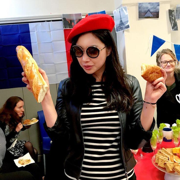 ���������� #french #morningtea #bastille #theme #red #beret #croissant #baguette #auckland http://butimag.com/ipost/1557996007962083401/?code=BWfHR1YDoBJ