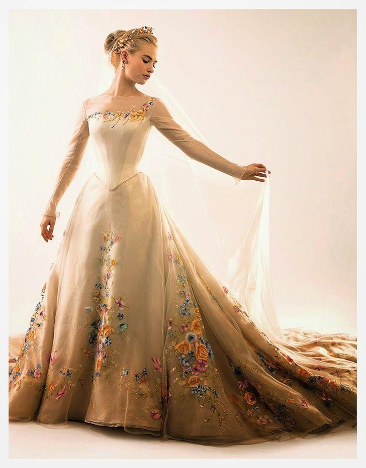 cinderella+cenicienta+live+action+2015+walt+disney+pose+cliparts+characters+prince+charming+principe+wedding+dress+traje+novia+novios+couple+(3).jpg (760×971)