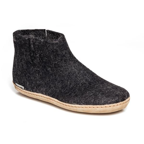 These 100% natural, 100% comfortable Black Glerups Boots are made out of Gotland Sheep Wool, with a leather sole they are the perfect boot slipper for comfy indoor use.