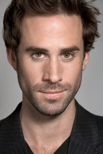 Joseph Fiennes Is Also Shocked He's Been Cast As Michael Jackson In A New Movie