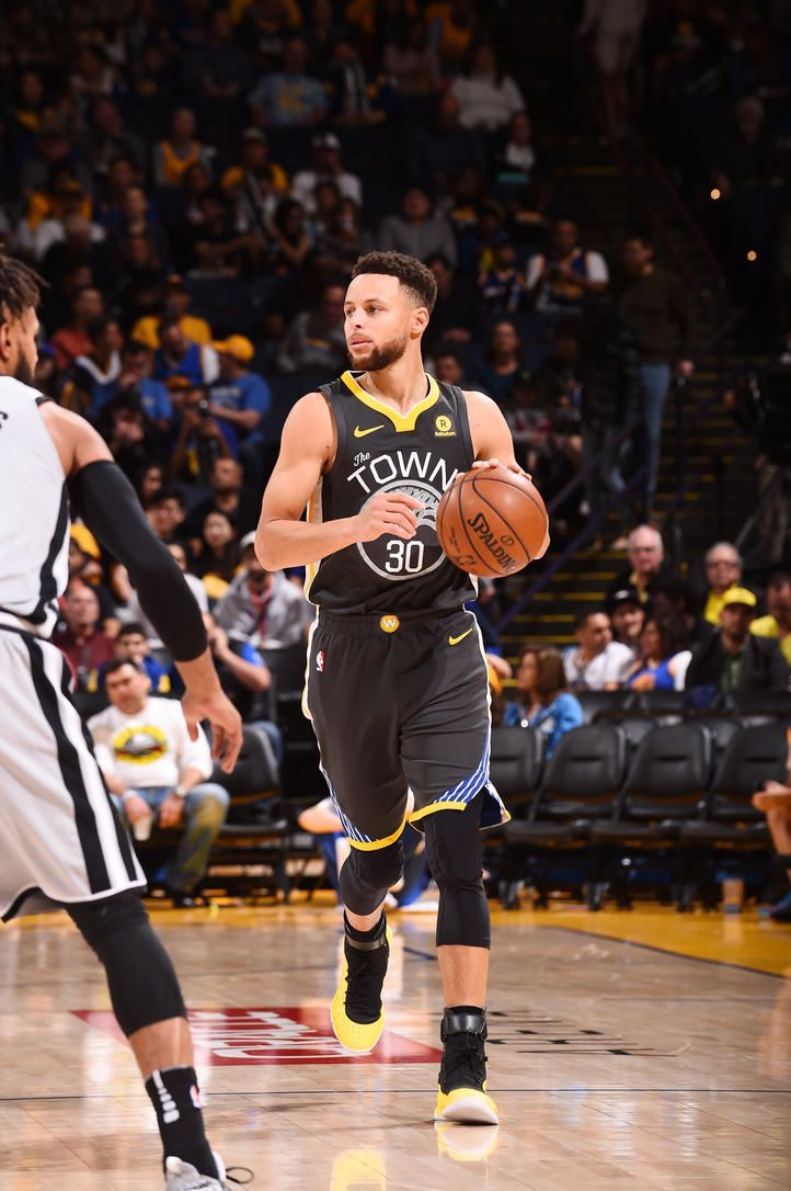 oakland-ca-february-10-stephen-curry-30-of-the-golden-state-warriors