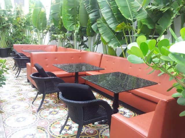 Upholstered Outdoor Sitting In A Famous Hotel In Miami Beach #upholstery  #catalinahotel