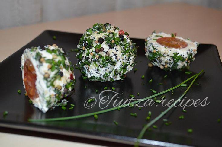 Appetizer with cream cheese and cherry tomatoes https://tiutza.recipes/aperitive/aperitiv-cu-crema-de-branza-si-rosii-cherry/