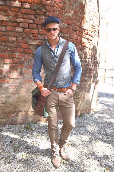 Men's work outfit with messenger bag www.cpsprofession... ...repinned vom GentlemanClub viele tolle Pins rund um das Thema Menswear- schauen Sie auch mal im Blog vorbei www.thegentemanclub.de
