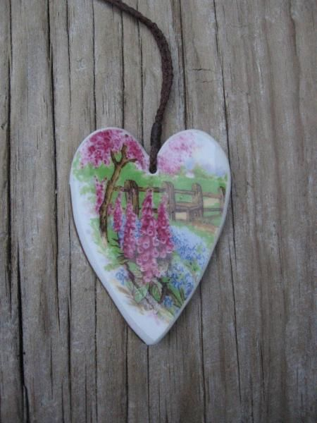Recycled china heart pendant - 'Meadowside' by Judy Newton, NZ