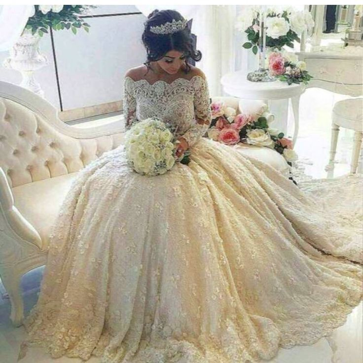 Gold-Lace-Appliques-Long-Sleeves-White-Tulle-Ball-Gowns-font-b-Wedding-b-font-font-b.jpg (750×750)