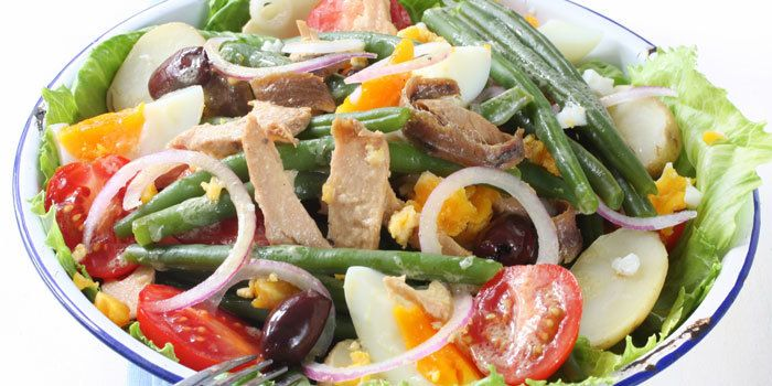 We gave this classic French salad a healthy makeover! It makes a filling lunch or dinner and has only 291 calories per serving. Total Time:15 min. Prep Ti