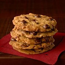 I've never been a crispy chocolate chip cookie gal, but these just might convert me! I have made several batches and they are downright yummy!