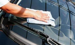 Groupon - Lavage auto intérieur et extérieur, option lustrage carrosserie ou rénovation voiture dès 29€ chez Clean Autos-33 Pessac à Pessac. Prix Groupon : 29€