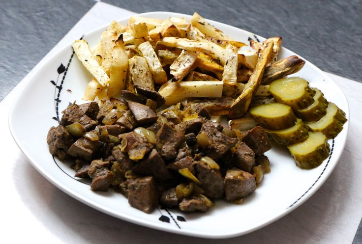 Celery and sweet potato fries with turkey livers. Yummy.