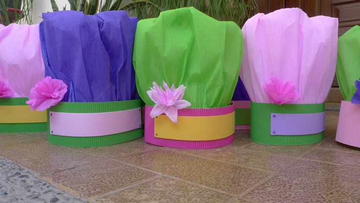 """I made these chef hats for a """"cooking party"""" (and u can write your name on it too!)"""