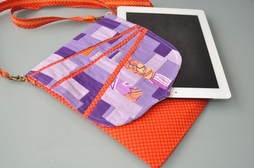iPad carry case .. protect your tablet, iPad or Kindle with this easy to sew case.  Free instructions.