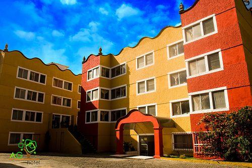 EXPOSICIONES EN MORELIA. La exposición El Arte de la Cantería Mixteca, estudio de las bóvedas nervadas del siglo XVI en Oaxaca, México; llega a la capital michoacana gracias a la Universidad de Texas, UNAM y Michoacana de San Nicolás de Hidalgo, a través de sus áreas de arquitectura, así como el Ayuntamiento de Morelia a través de la Secretaría de Turismo y Cultura, hoy a las 19:00 horas en la Sala 3 del Centro Cultural Clavijero. Te invita el AG Hotel de Morelia. www.aghotel.com.mx