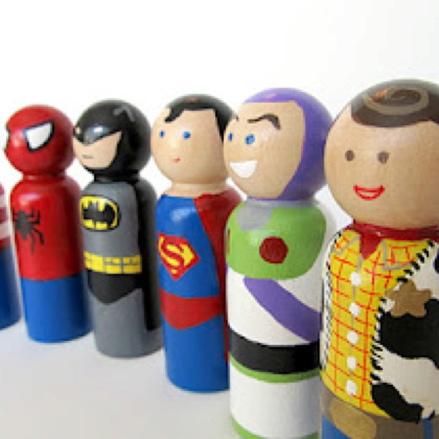 Wooden Peg Doll, will deff make this for Trenton!