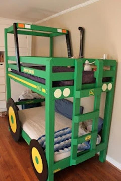 Sadly, this would have been my dream bed when i was little...