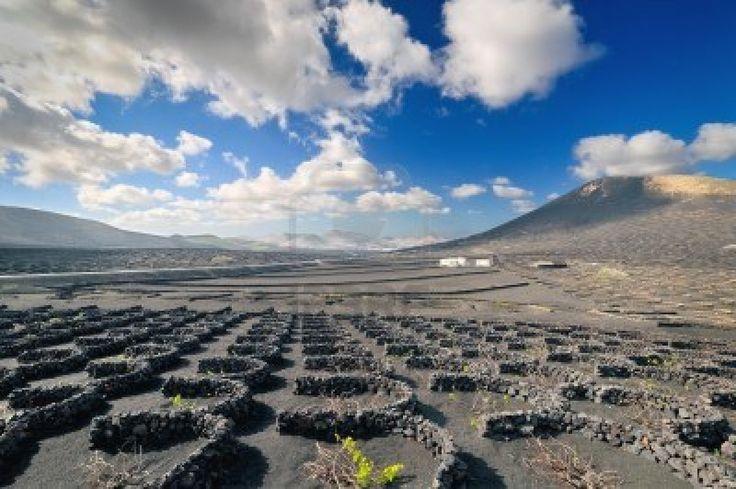 Paisaje del desierto volcánico de Lanzarote, Islas Canarias isla