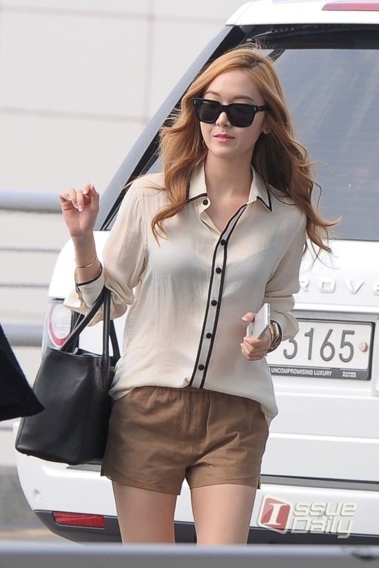 17 Best Images About Jessica Jung 39 S Airport Fashion 2013