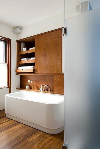 bathroom  #homedecor #design #interior #bathroom #bath #bathtime #bathtub #bathing #fresstandingbath