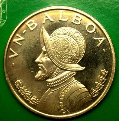 PANAMÁ 1974 Balboa corona de plata Prueba en caja original. mentas Panamá Es propias monedas, pero también utiliza la moneda estadounidense, ya que es la moneda como well.Drug Rehab en el paraíso.