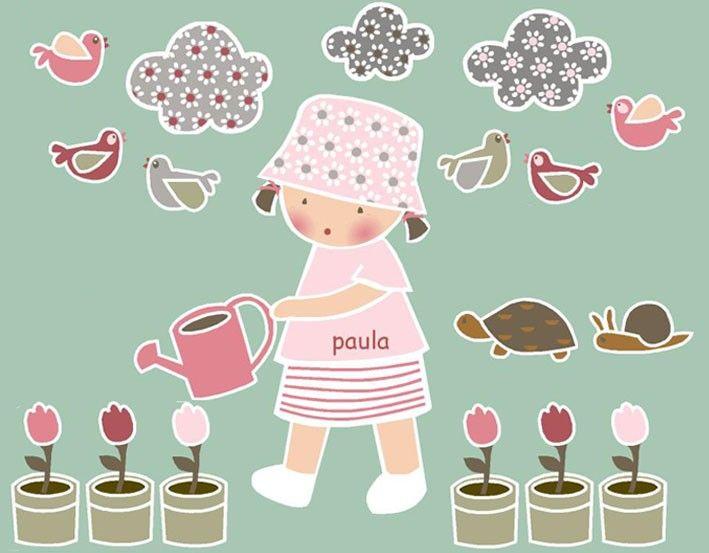 Vinilos infantiles: Niña jardinera - Vinilo de corte. Piezas que componen la colección: Niña con regadera, 3 nubes, 6 pájaros, 1 tortuga, 1 caracol y 6 macetas con tulipanes.