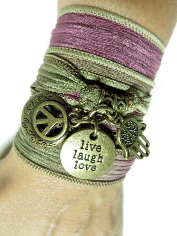Mano di Hamsa Fatima bracciale Boemia involucro di seta avvolgere il bracciale Boho Chic gioielli Yoga pace bracciale Namaste pace gioielli regalo unico per lei