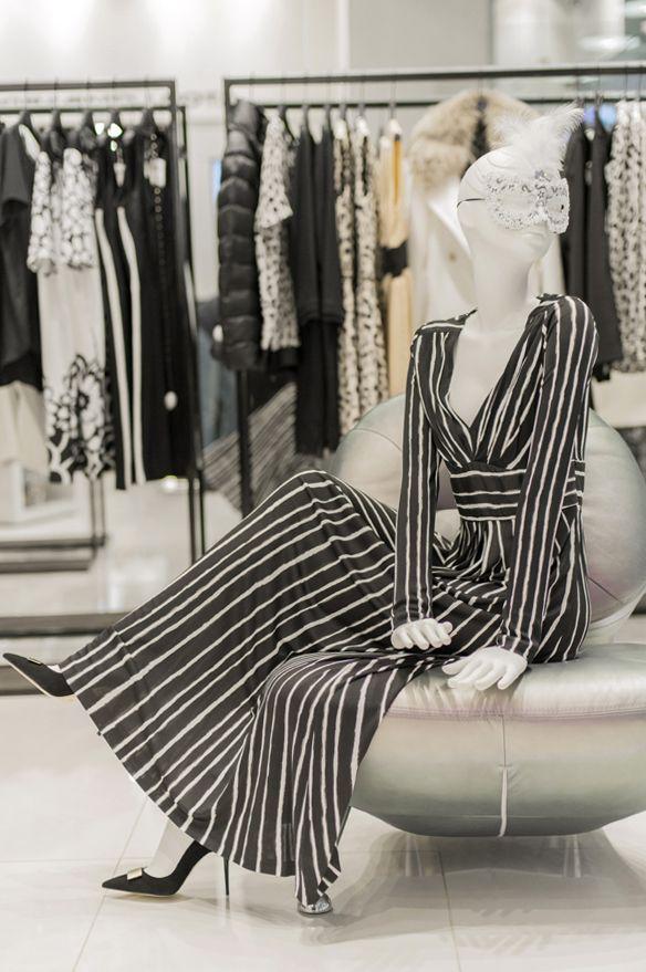 Витрина магазина одежды своими руками 22