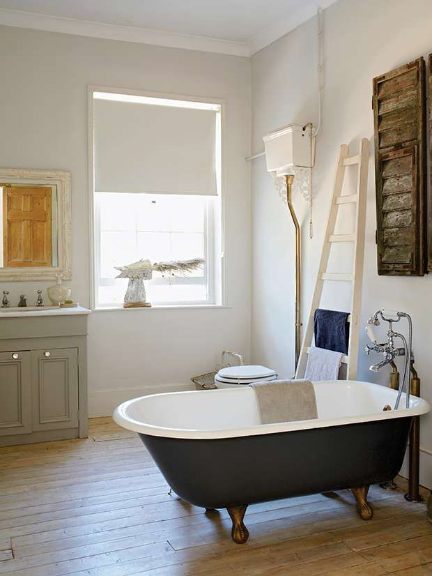 Osmo Waterproof Paint On Bathroom Floor Gives An Aged Whitewashed Effect Cottage Bathroom