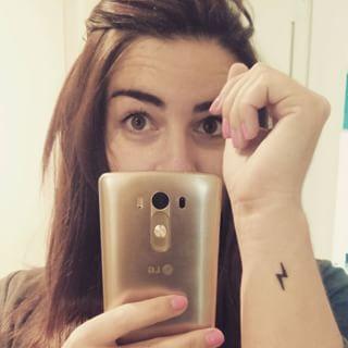 Pour les fans d'Harry potter. | Community Post: 19 minuscules tatouages que vous n'aurez aucun mal à assumer
